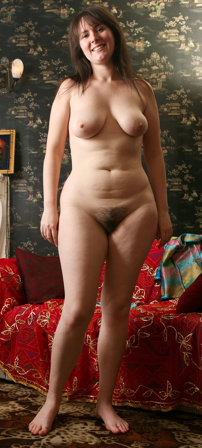 Фото женщин за сорок с натуральной обвисшей грудью голой фото 470-400